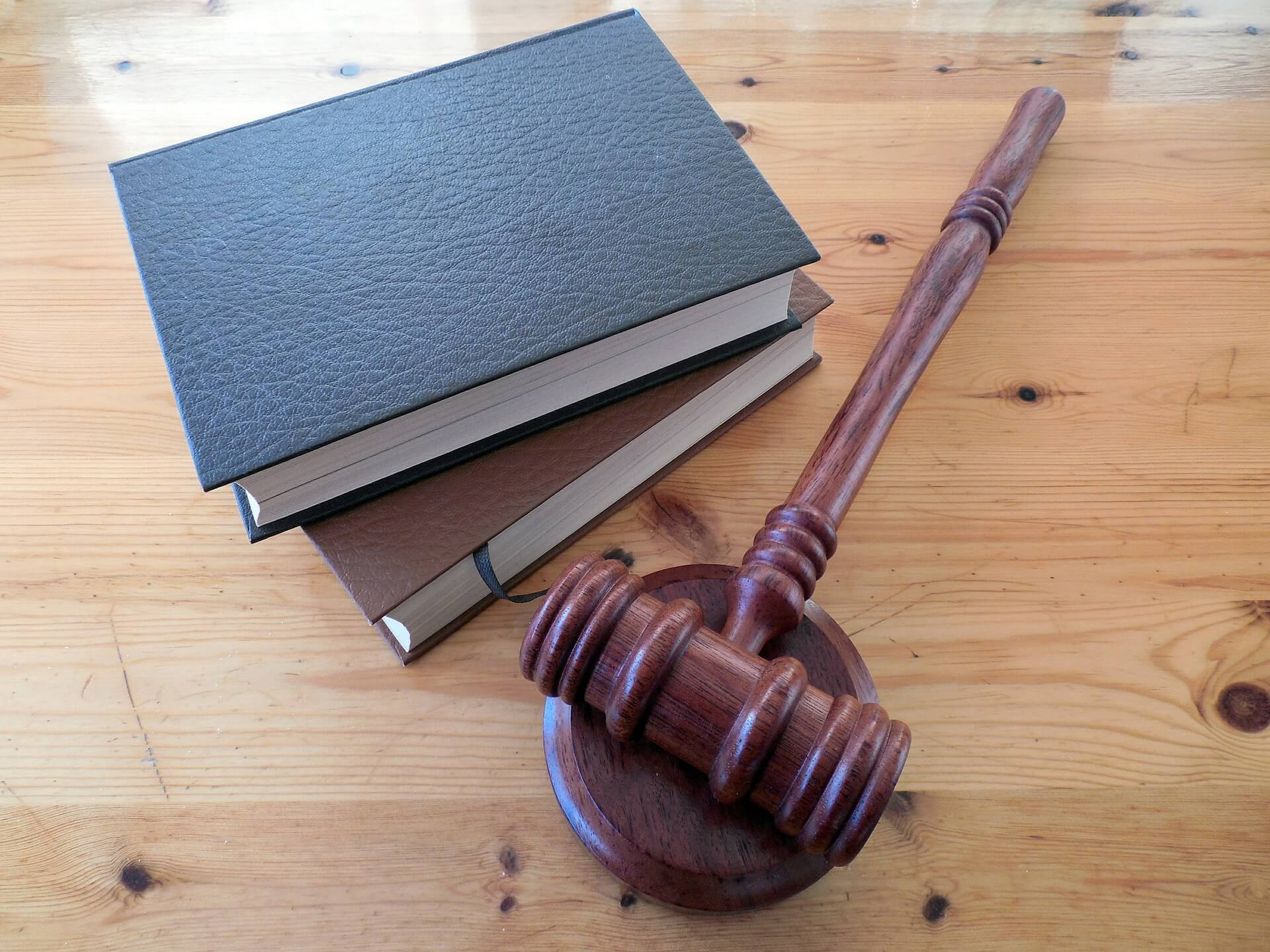 Priori Legal's Guidelines for Finding the Right Lawyer